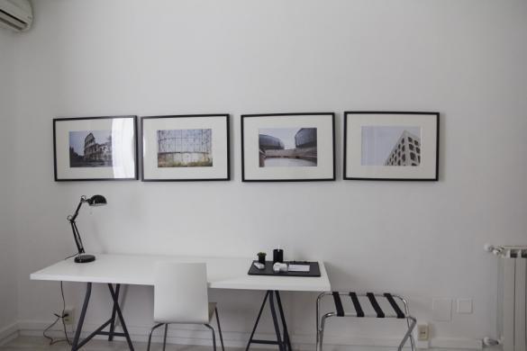 Tisch, Schreibtisch, Appartment, Airbnb, Wohnung, mieten, Rom, Italien, Reiseblogger