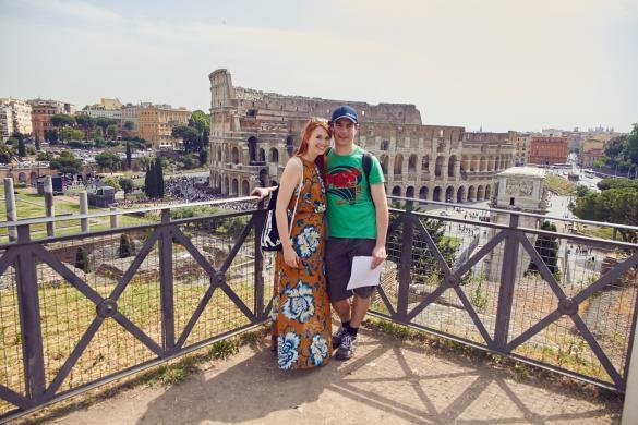 Blick auf Kolosseum, alte Bauten, Kolosseum, Amphitheater, Wahrzeichen, Reiseblogger, Milesandshores, miles and shores,