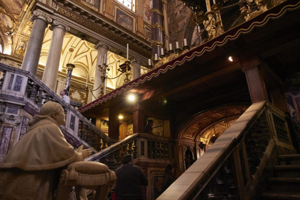 Santa Maria Maggiore, Kirche, Rom, Papst Pius IX, Statue, Kirchenschiff, Reiseblog, Reisebericht, Miles and Shores