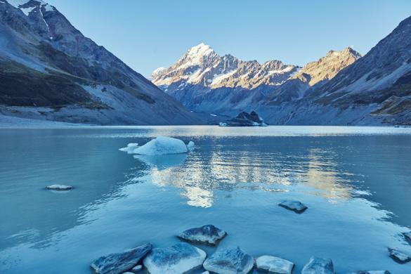 Hooker Lake, Hooker Valley Track, Mount Cook, Nationalpark, Eis, Eisberg, Eisbrocken, Gletschersee, Wanderroute, wandern, Ausblick, besonders