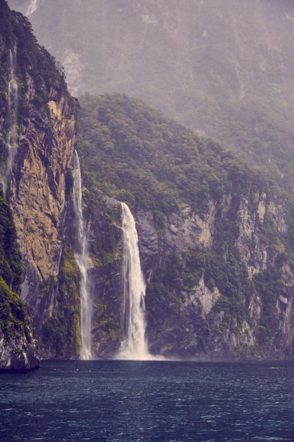 Milford Sound, UNESCO, Scenic Cruise, Tour, Bootstour, Wasserfälle, Fjord, Fjordland Nationalpark, Südinsel, Neuseeland, New Zealand