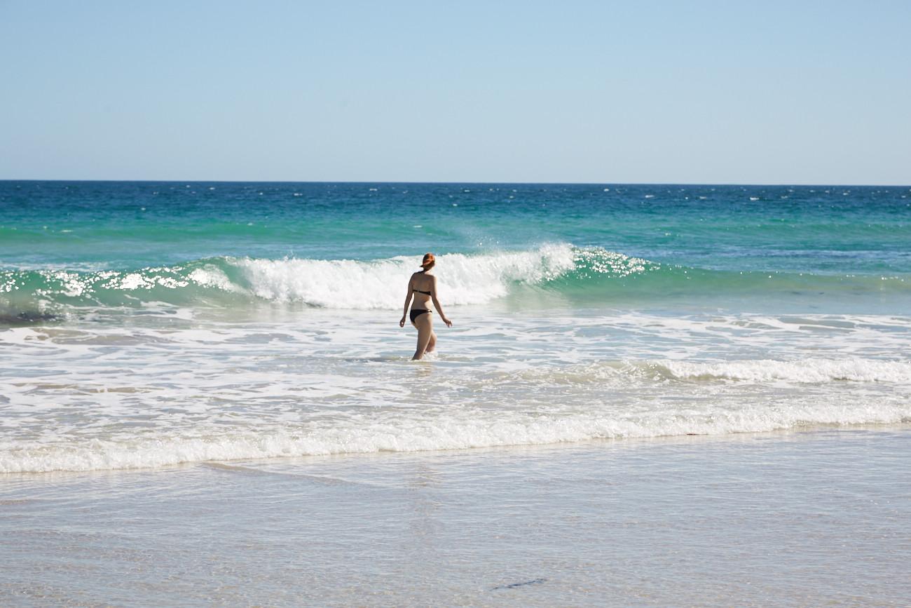 Strand, beach, Chrisi, Miles and Shores, Travelblog, blogger, Reiseblog, der etwas andere, weisser Sand, Wellenhuepfen, Kangaroo Island,
