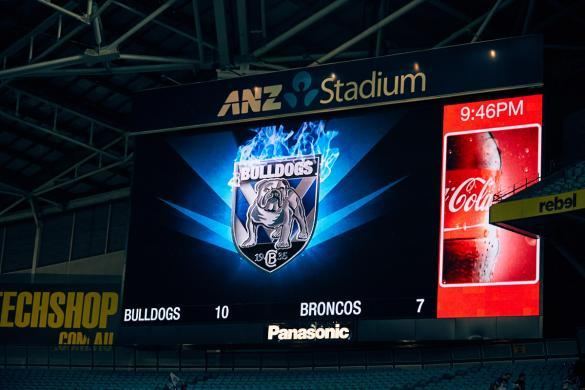 Bulldogs, VS, Broncos, Rugby, Game, Sports, Sportevent, Australien, Sydney, ANZ Stadium, win, gewonnen
