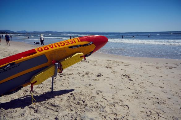 Byron Bay, Lifeguard, safe, beach, Strand, Brett, Surfbrett, Brandung, Wellen, good time