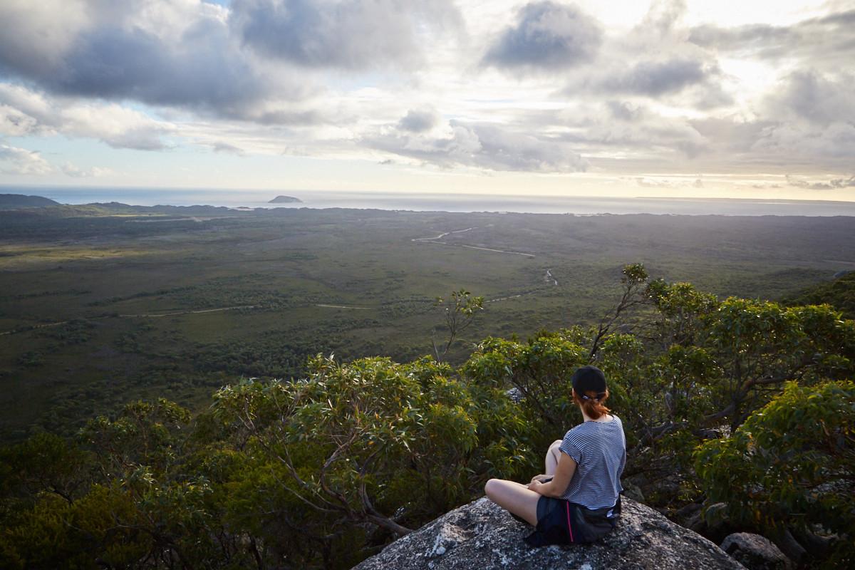 Vereker, Outlook, Lookout, Chrisi, sitzend, Miles and Shores, Reiseblog, Ziel, Wandern, Wanderung