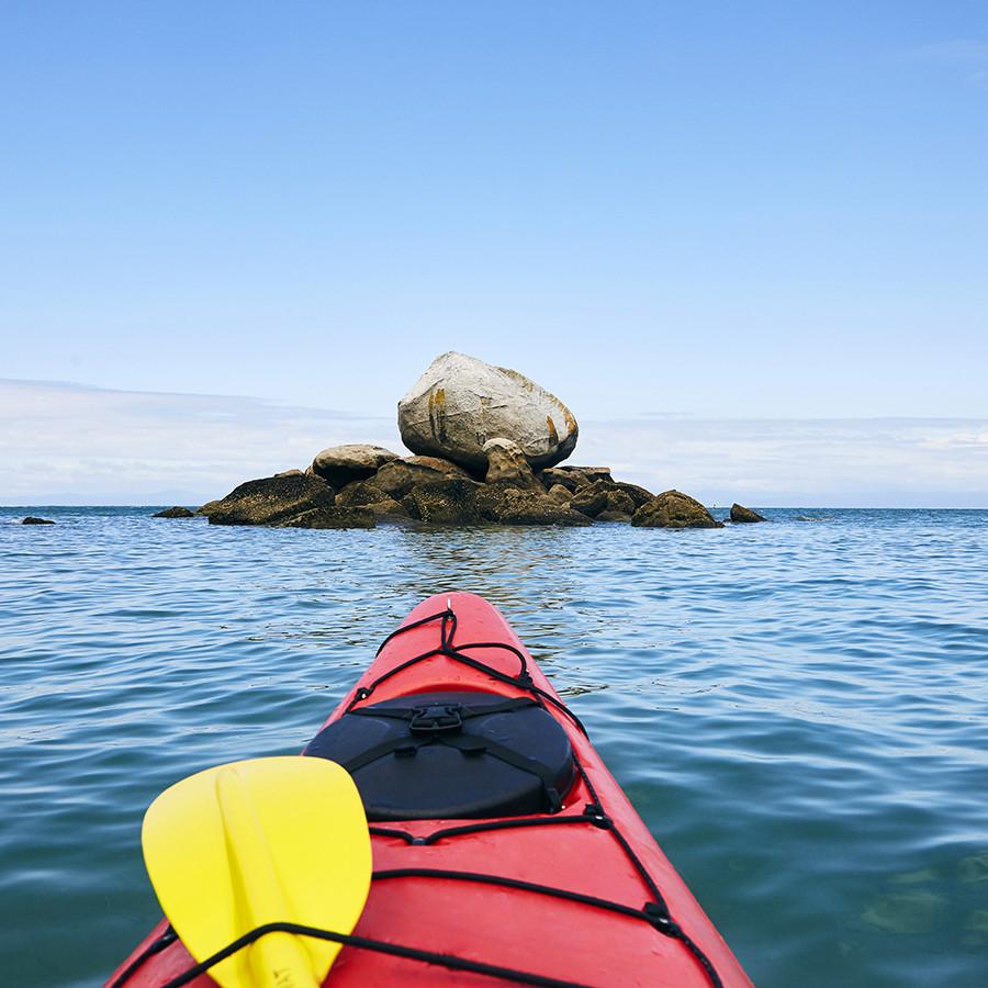 neuseeland, entdecken, reise, reisen, abenteuer, kajak, fahren, meer, split apple rock, abel tasman, nationalpark, reiseblog, blogger, travelblogger