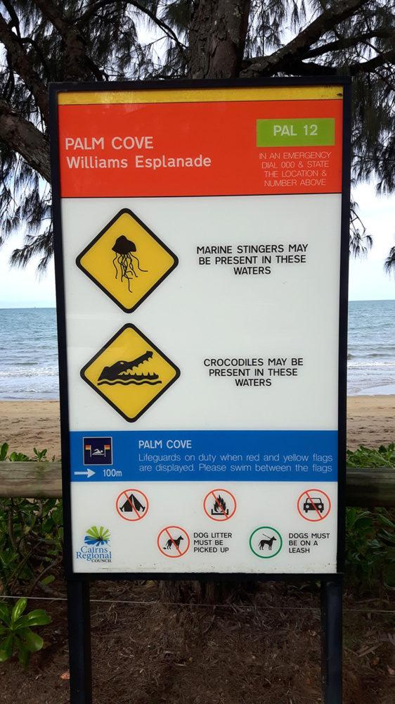Warnschild, Achtung, Quallen, Krokodile, Australien, Australia, Roadtrip, Miles and Shores, Rundreise, warnen, Vorsichtsmaßnahmen