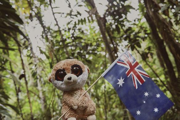 Ed, das Erdmännchen, Ed in Australien, Maskottchen, Reise, Reisemaskottchen, Miles and Shores, Australien, Flagge
