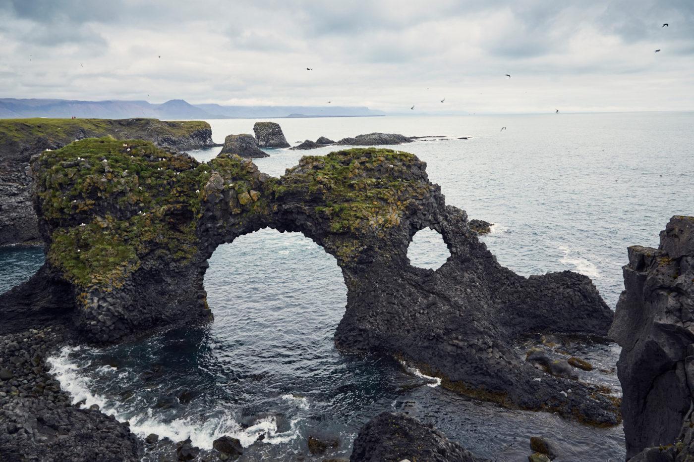 Arnastapi, coastline, coast, Küste, Küstenlinie, Snaeffelsnes, Island, Iceland, Rundreise, Reiseblogger, Miles and Shores