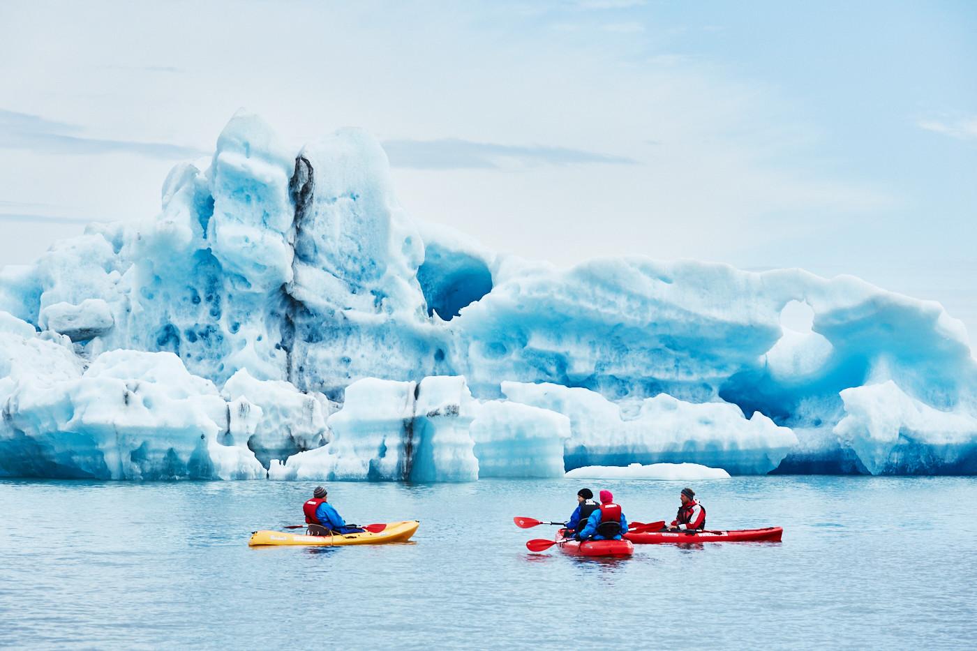Bootstour auf dem Jökulsárlón Gletschersee, Eissee, Ice lake, Ice lagoon, Boat tour on the glacier lake, Iceland, famous, Island, Miles and Shores, Reiseblog, travelblog, glacier, glacier lake, gletscher, kayaks, kajak, kajakfahren