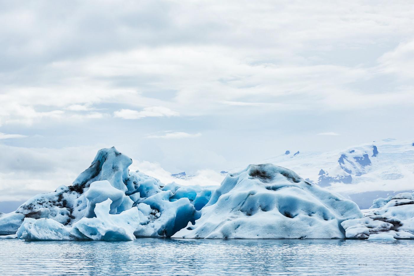 Bootstour auf dem Jökulsárlón Gletschersee, Eissee, Ice lake, Ice lagoon, Boat tour on the glacier lake, Iceland, famous, Island, Miles and Shores, Reiseblog, travelblog, ice, good weather