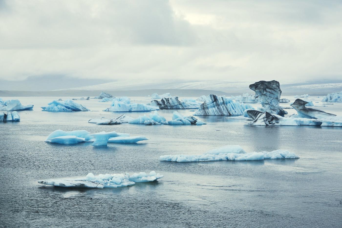 Jökulsárlón, eissee, ice lagoon, ice lake, lagoon, eis, eisschollen, gletschereis, bootstouren, reiseblog, reiseblogger, miles and shores,