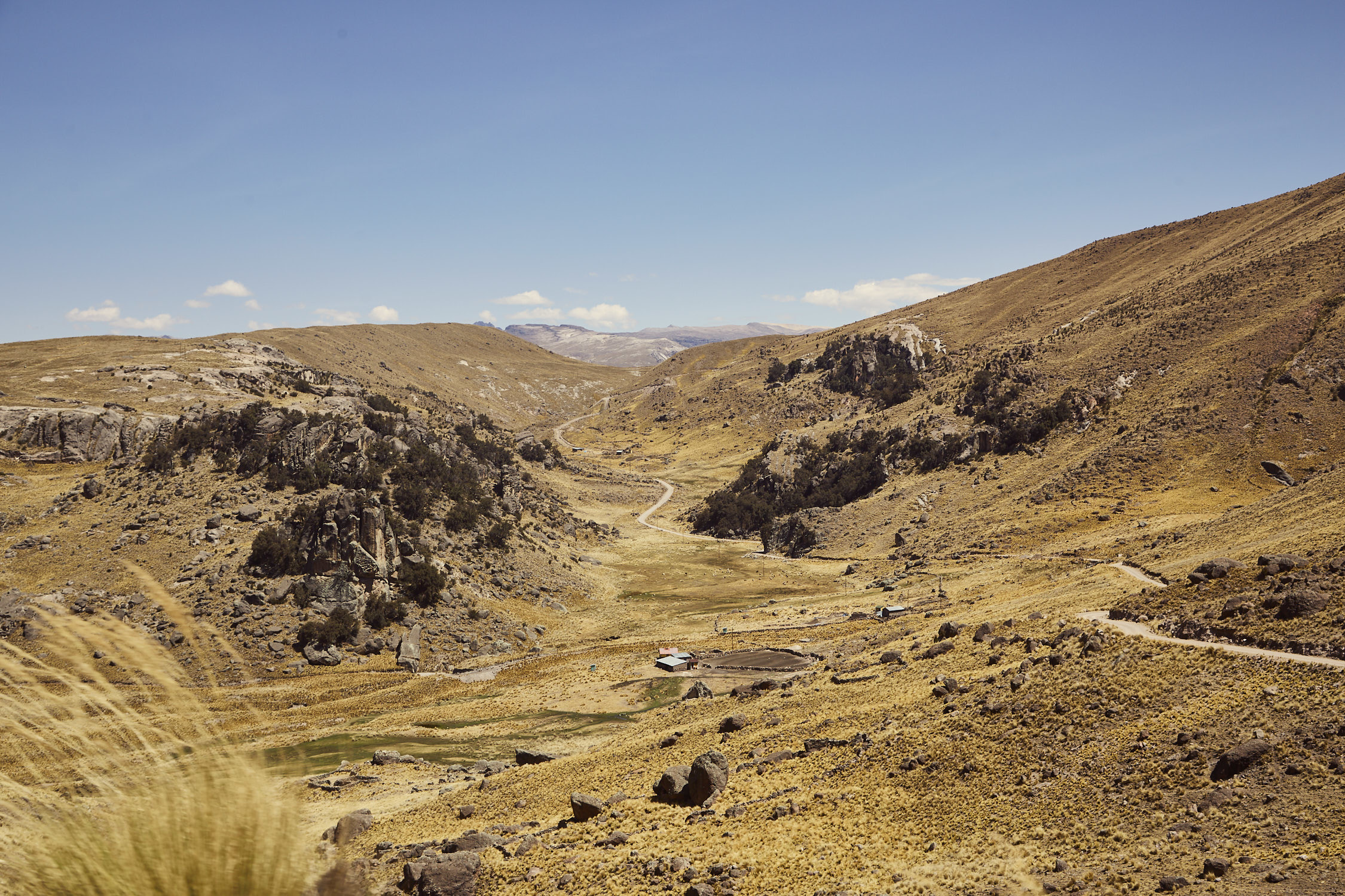 Die Netzabdeckung in Peru ist natürlich nicht überall gleich. Deshalb haben wir für dich festgehalten wie der Empfang entlang unserer Reise war. Hier eine Fahrtstrecke in den Anden