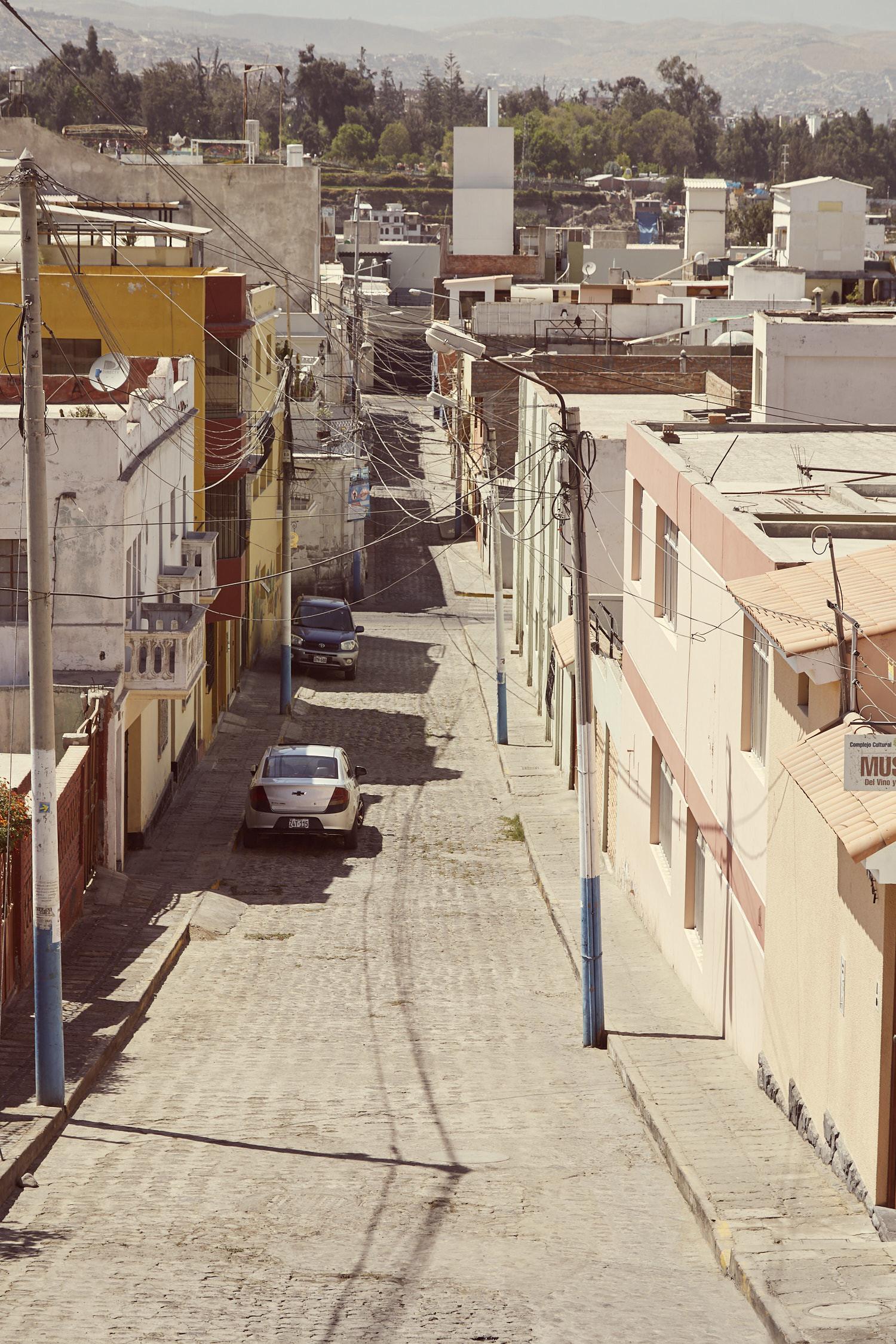 Straße in Arequipa im Viertel Yanahuara, geschossen während unseres Peru Urlaubes