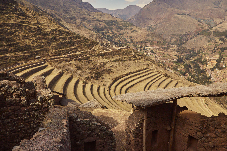 Pisac Ruinen in Peru im heiligen Inka Tal, Felder
