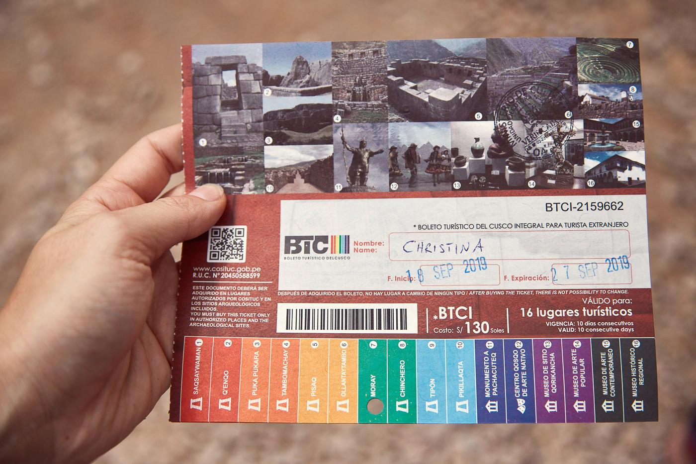 EIn Bild vom Boleto Touristico in Peru. Damit hat man Eintritt zu verschiedenen Inka Ruinen im Heiligen Tal in Peru sowie Museen und Sehenswürdigkeiten um Cusco