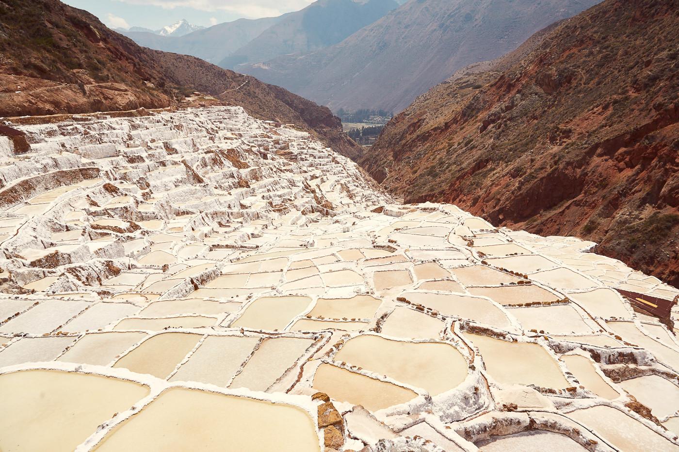 Die Salz Mine Maras im Heiligen Tal der Inka in Peru