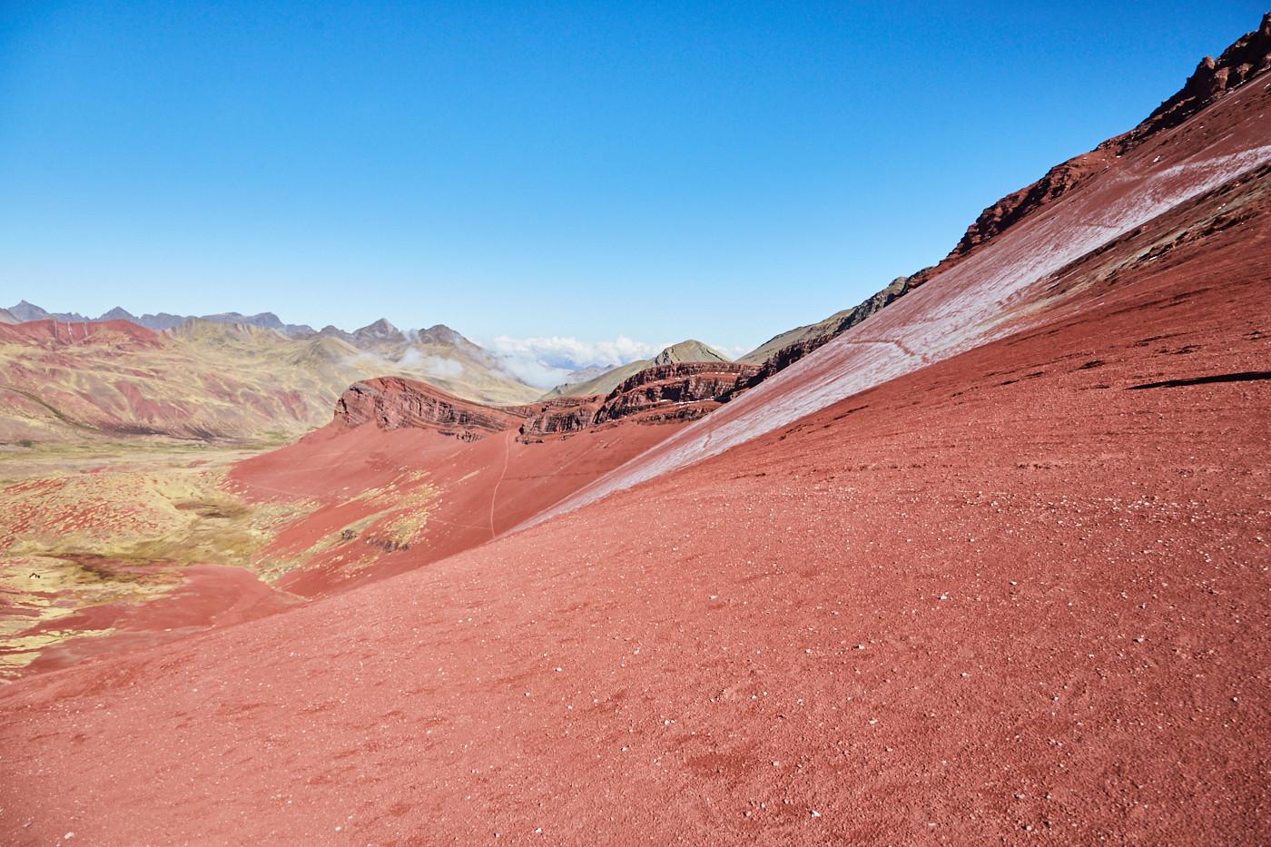 Das Red Valley in seiner schönsten Farbenrpacht - an einem sonnigen Tag sind die Farben am intensivsten