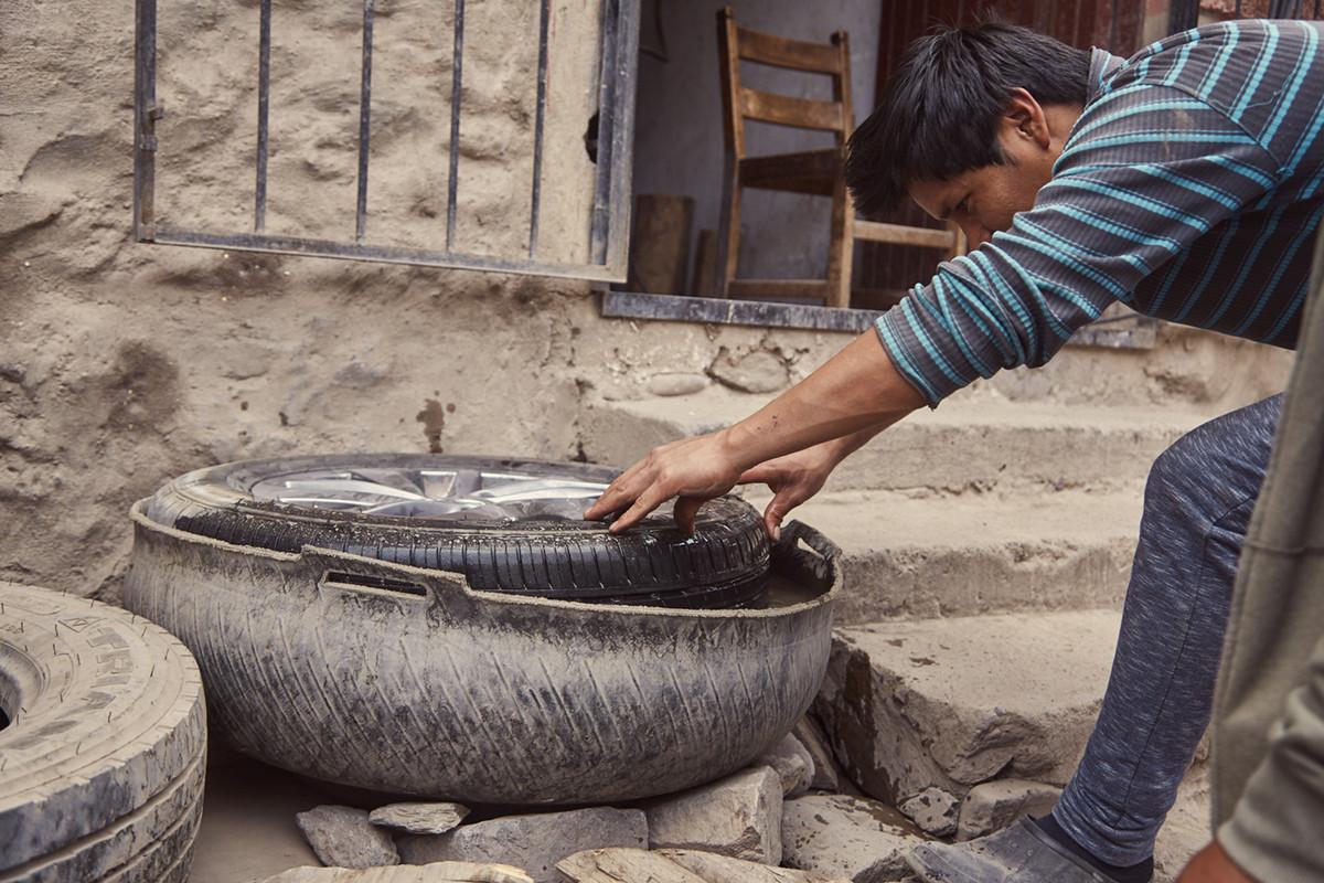 Bei einer Autopanne in Peru solltest du immer auch der Autowerkstatt bescheid geben. Ein Platten kann schnell mal passieren, das ist in Peru aber schnell und unkompliziert gerichtet worden