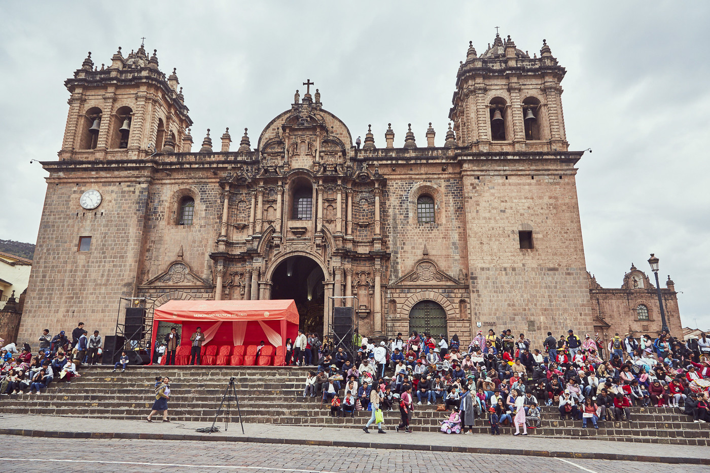 Feierlichkeiten zu Ehren des Señor de Huanca auf dem Plaza de Armas in Cusco