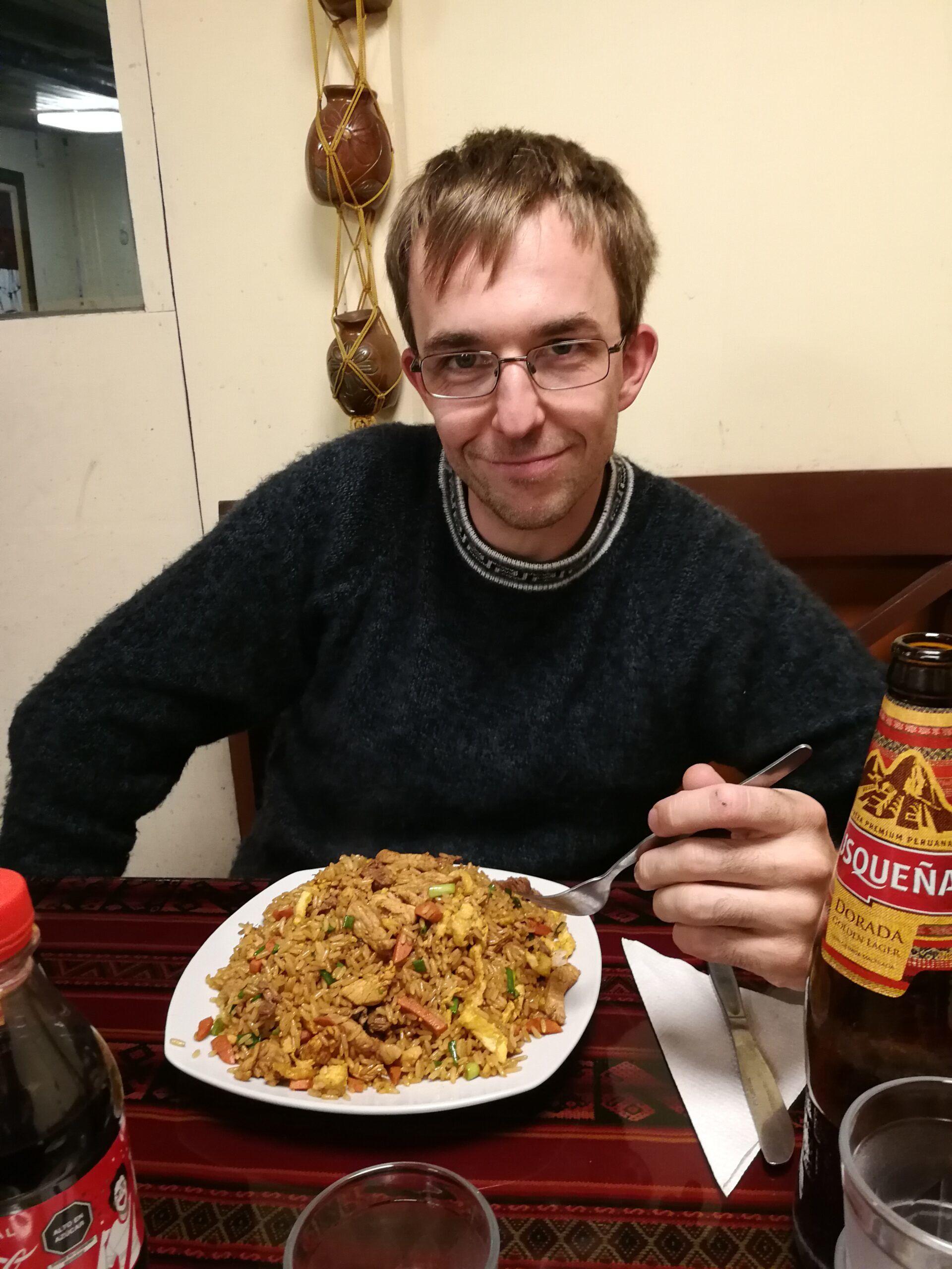 Chaufa ist ein leckeres Reisgericht in Peru. In diesem Restaurant haben wir besonders viel bekommen