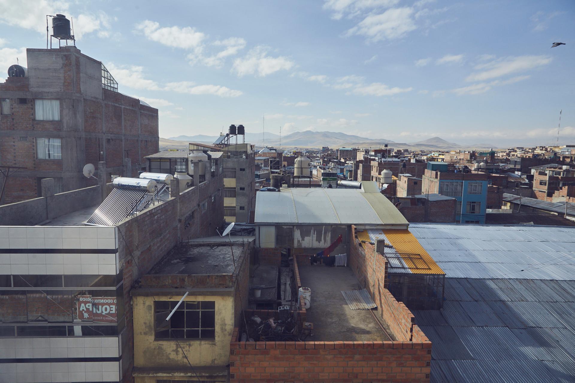 Espinar in Peru, der Ausblick vom Hotel über die paruanische Stadt
